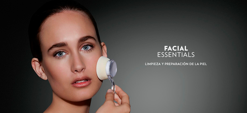 FACIAL ESSENTIALS Image 1